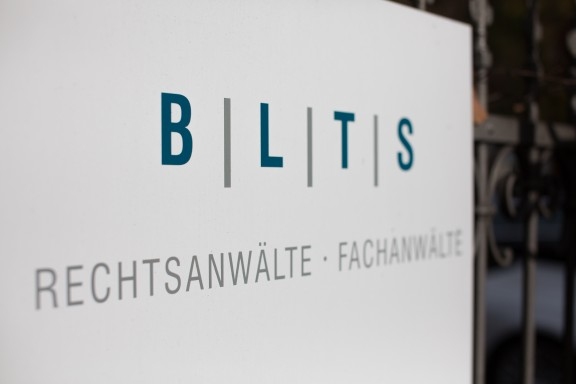 Pressemeldung für BTT Bauteam Tretzel GmbH zur Übertragung der Beteiligung an der SSV Jahn Regensburg GmbH & Co KGaA