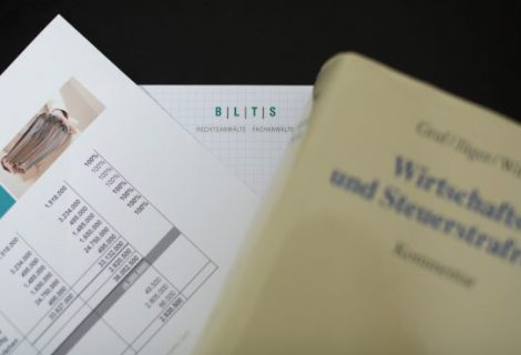 Update: Ruhen der Approbation wegen Ermittlungen zu Steuerhinterziehung